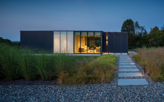 Tour an Atmospheric, Minimalist Landscape in the Hudson Valley (9 photos)
