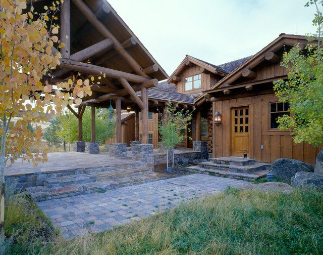 Mountain getaway rocky mountain log homes for Rocky mountain home builders