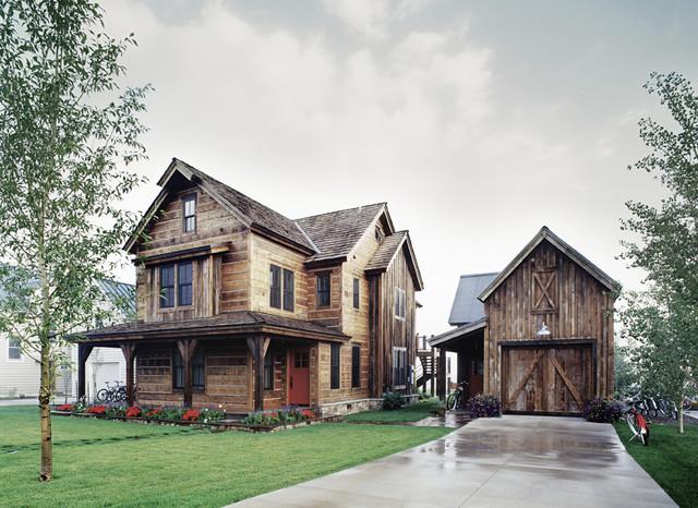 Mountain House rustic-exterior
