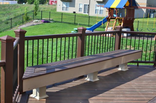 Multi-Level Deck traditional-exterior