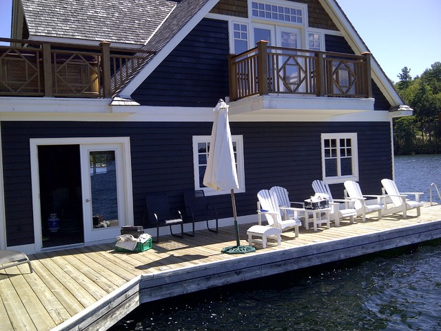 Muskoka cottage traditional exterior toronto by for Cottage exterior siding ideas