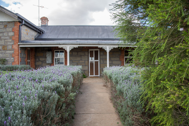 My Houzz:  An Abundant Rural Retreat in the Barossa Valley farmhouse-exterior