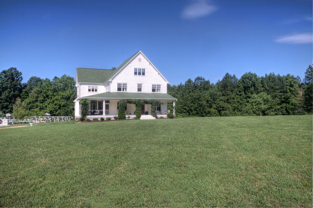 County chic farmhouse in north carolina farmhouse exterior