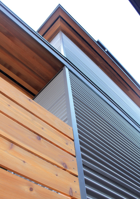 Narrow Passive House - Vancouver, BC modern-exterior