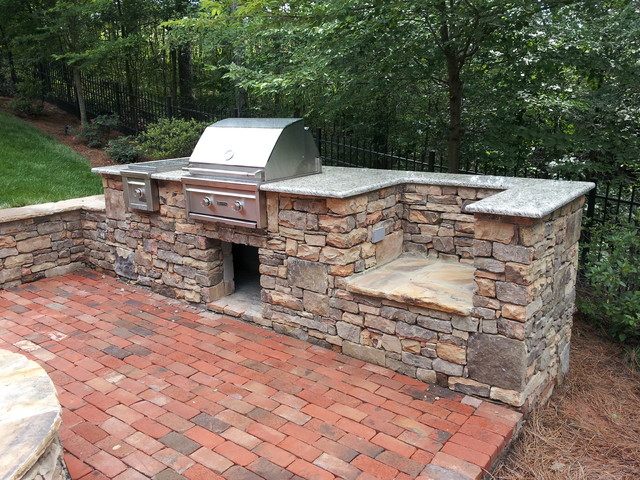 Natural building stone outdoor kitchen grill for Building an outside kitchen