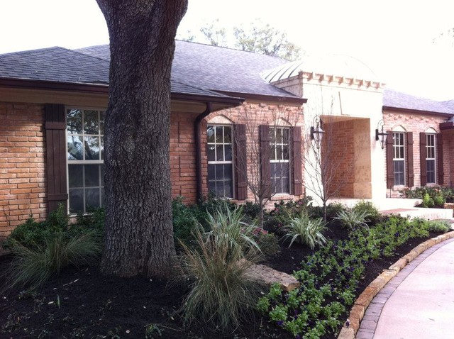 New Addition w/ Indoor and Outdoor Living, Kitchen, Pool traditional-exterior