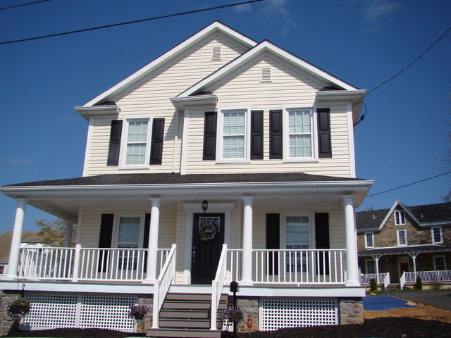 New construction traditional-exterior