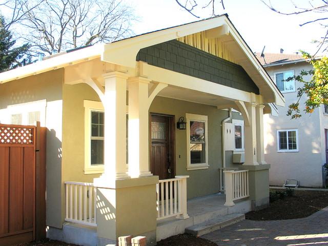 New craftsman bungalow for Maison design com