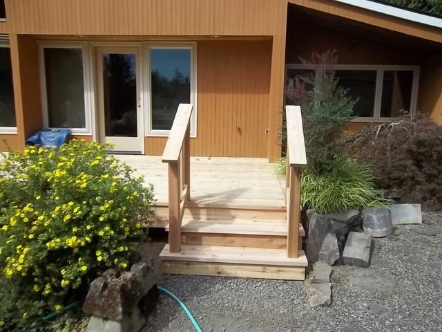 New Deck Stairs and Railing contemporary-exterior