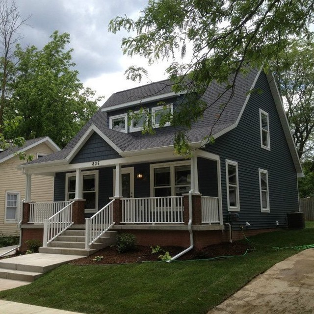 New home exteriors traditional exterior grand rapids for Cape cod homes with front porches