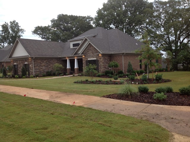 new homes traditional-exterior