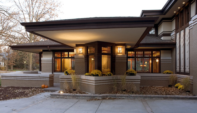 New prairie style home front cantilever modern for New style house photos