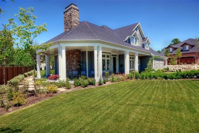 Traditional rambler traditional-exterior