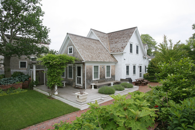 New Traditional Provincetown Home traditional-exterior