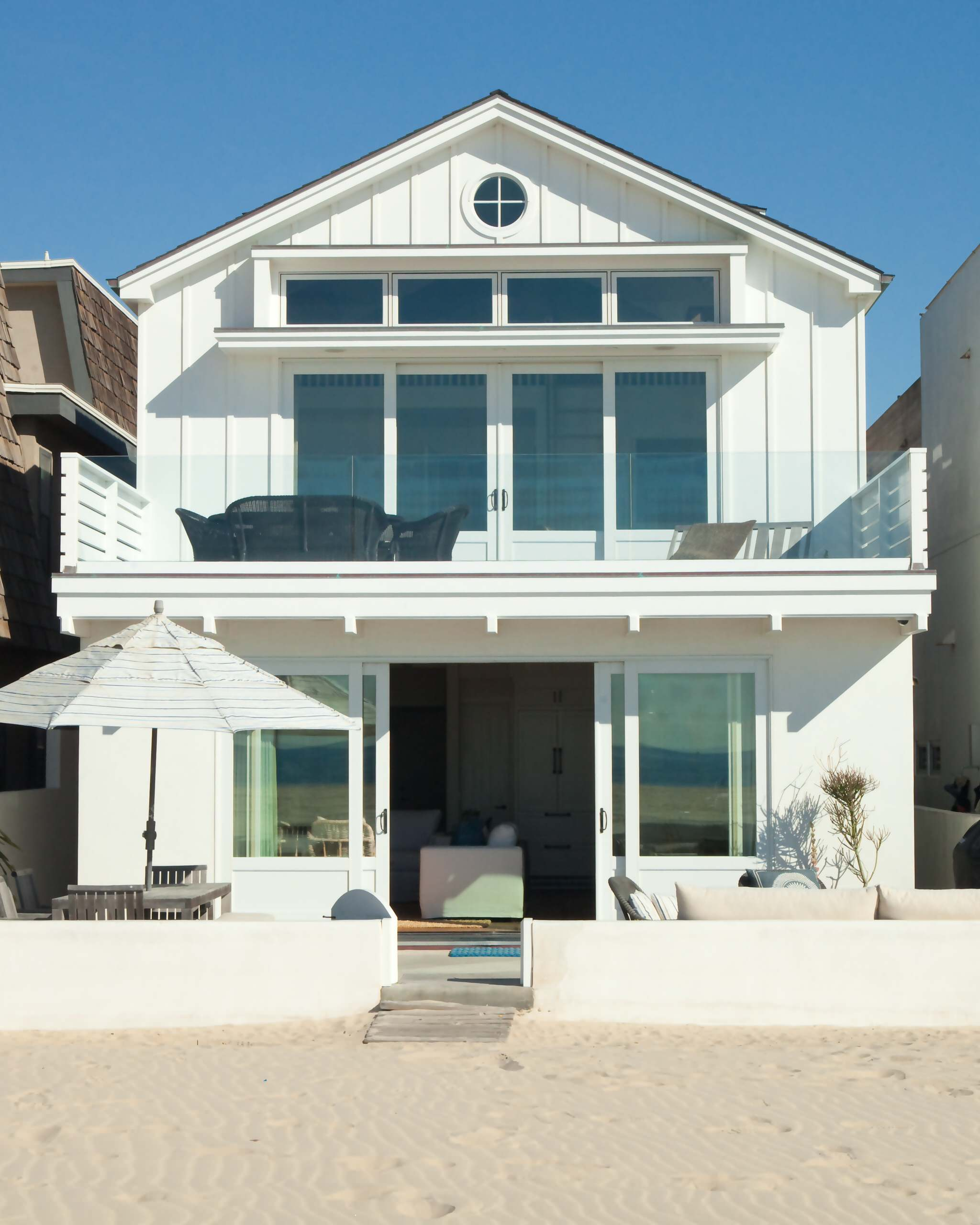 75 Beautiful Small Coastal Exterior Home Pictures Ideas January 2021 Houzz