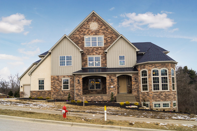 Transitional exterior home photo in Columbus