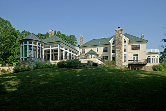 Nicholsons Manor traditional exterior