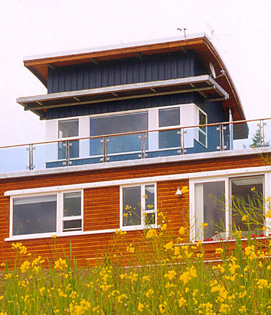 Detail of Graham's roof top study and sun deck. modern-exterior