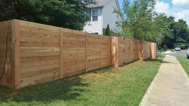 Norma Dr Nashville Horizontal Cedar Privacy Fence