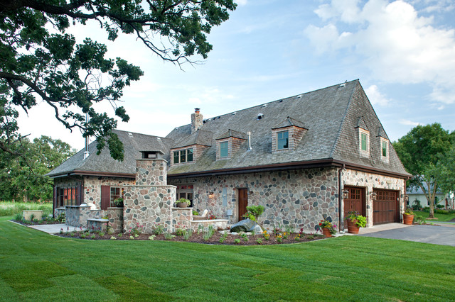 Hill farm rustic exterior minneapolis by bob for Rustic french country exterior