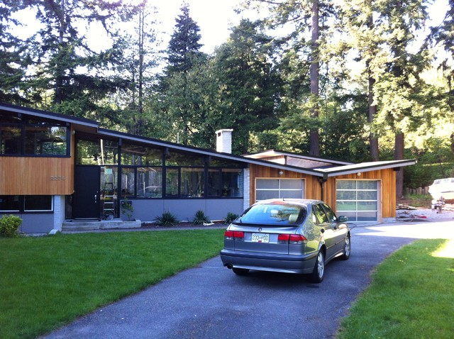 Kitchen cabinet building ideas - North Vancouver Mid Century Modern Midcentury Exterior