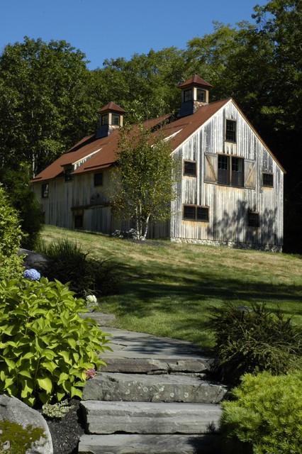 Northern Barn rustic-exterior