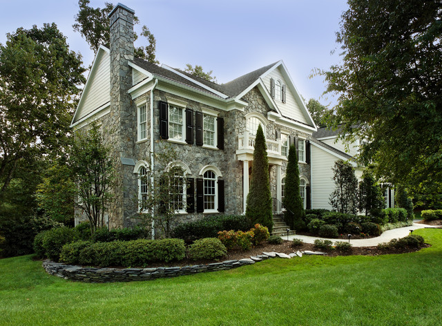 Oakton curb appeal traditional exterior other metro for Home garden design houzz
