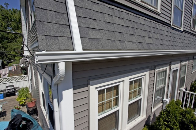Odyssey 4 Clapboard Siding Storm With Owens Corning
