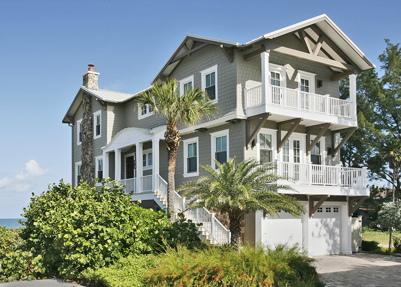 Inspiration for a coastal exterior home remodel in Tampa
