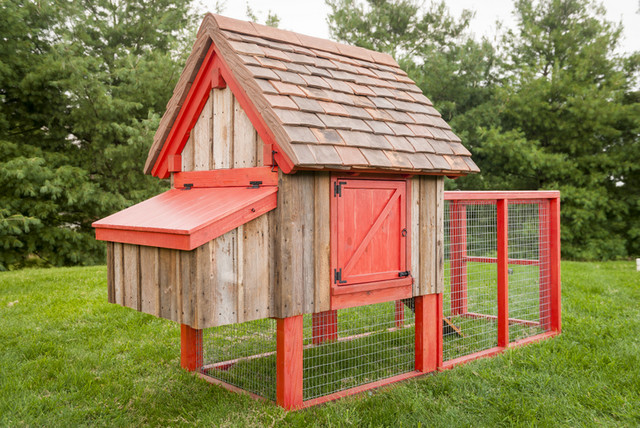 old farm no 1 chicken coop