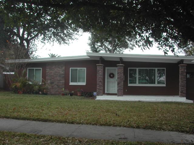 Orlando exterior update modern exterior orlando by for Updating 80s contemporary home exterior