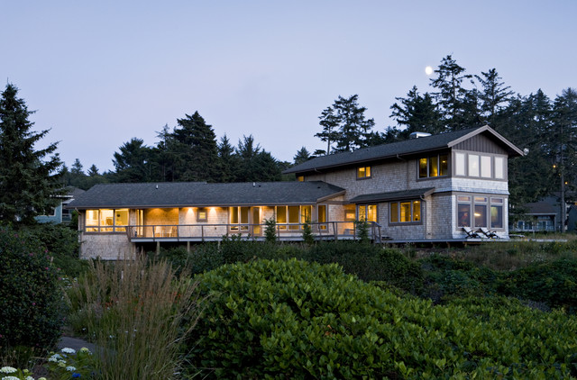 Otter Rock Residence contemporary-exterior