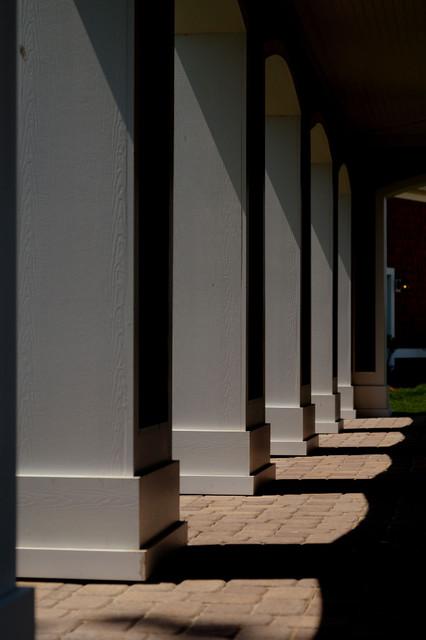 Outdoor Columns traditional-exterior