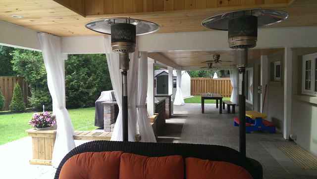 Outdoor Curtains/Mosquito Drapes/Porch Screens Traditional Exterior