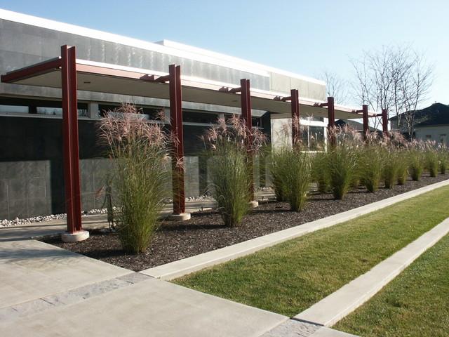 Outdoor Design - Contemporary - Exterior - Toronto