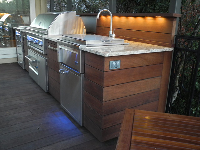 Outdoor kitchen ipe deck contemporary exterior for Outdoor wood kitchen cabinets