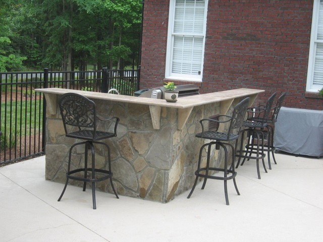Outdoor L Shaped Bar And Kitchen Charlotte Traditional