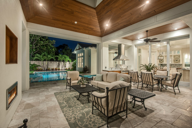Outdoor living for 1111 dolphin terrace corona del mar