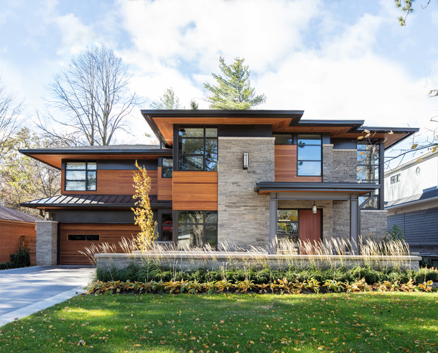 Overhang contemporary exterior toronto by david for Modern exterior home design