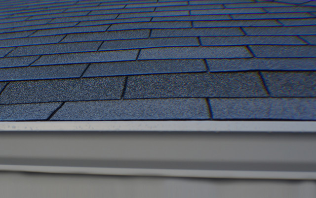 Owens Corning 3 tab Roofing system. Color (Aspen Gray) traditional-exterior