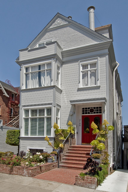 Pacific Heights home rejuvenation contemporary exterior
