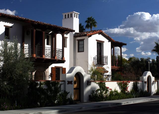 Palm Spring Villas traditional-exterior