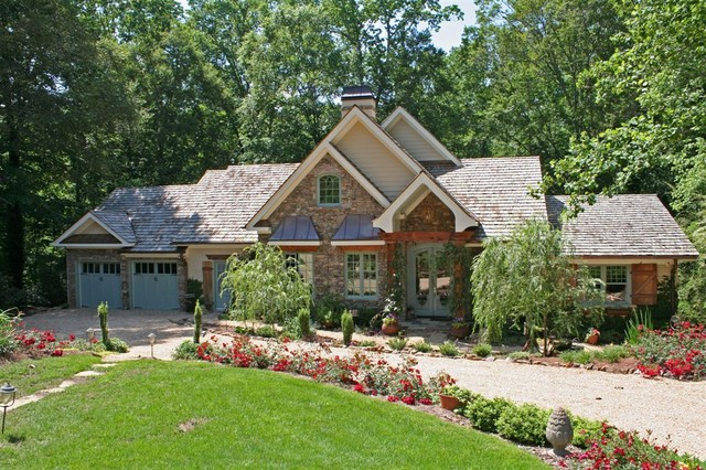 Pamela Foster & Associates, Inc. traditional exterior