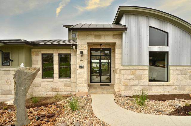 Parade Home - Contemporary - Exterior - Austin - by Pillar Custom ...