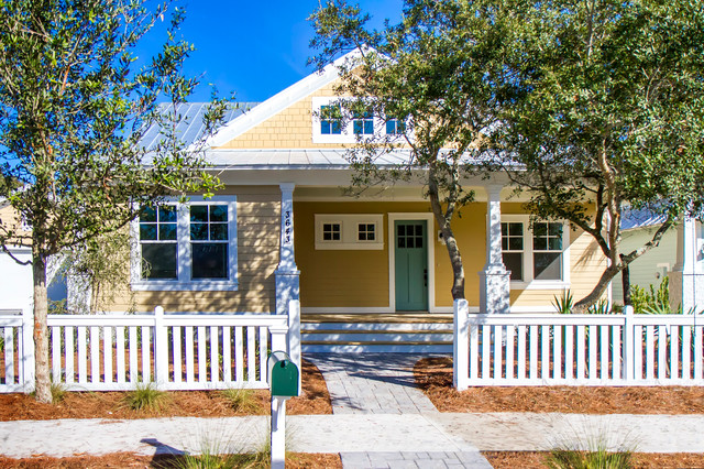 Paradise key south beach craftsman exterior jacksonville by glenn layton homes for Exterior house painting jacksonville fl