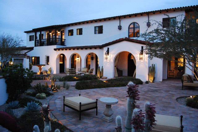 Paradise valley spanish colonial mediterranean for Modern colonial home exterior