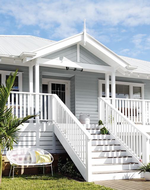 5 Timeless Exterior Paint Color Schemes Houzz - House-exterior-colour