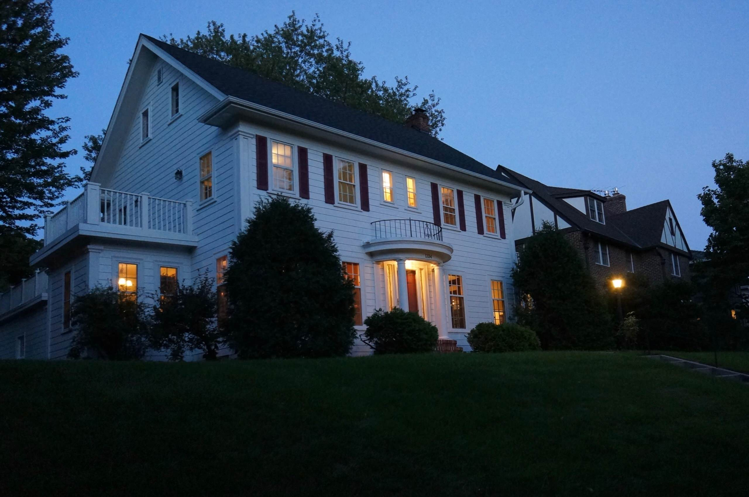 Parkway Colonial Revival