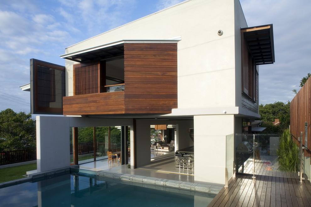 Contemporary exterior home idea in Brisbane