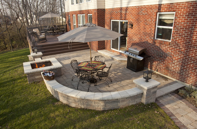 Patio deck contemporary exterior cincinnati by for Decks and patios design ideas